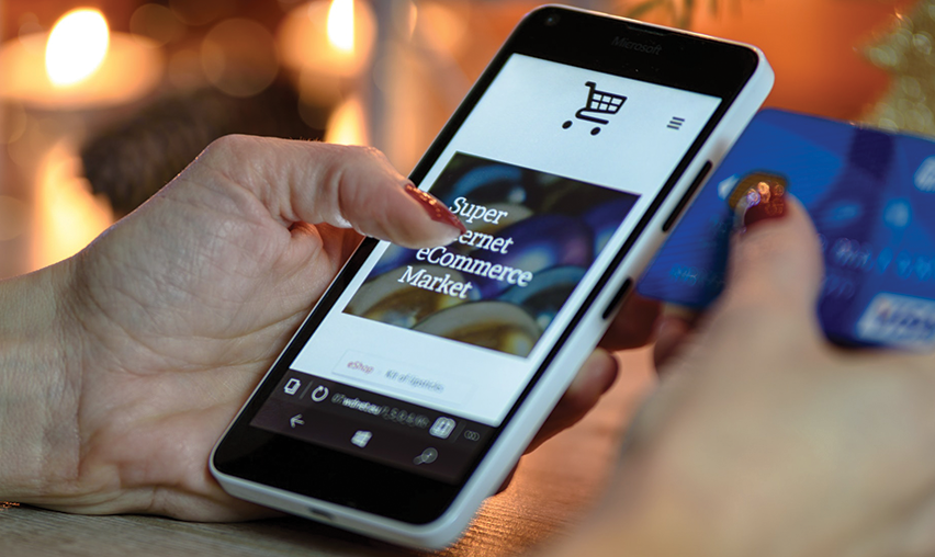 Importance of Mobile Commerce in Ecommerce Growth